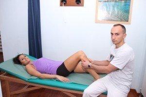 Manuelle Behandlung des Knies, Test, Mobilisation und Manipulation