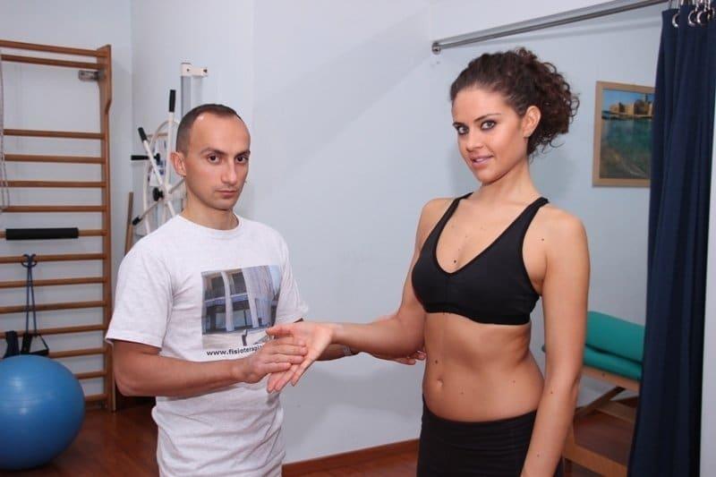 Epicondylitis humeri medialis, Golferellenbogen- Golferarm-Stretching-Übung-Kraft-Test-Schmerzen-Schmerz-Entzündung-Ellbogen-Golfer-Pronatoren-Einwärtsdreher-Muskeln-Flexoren-Beuger