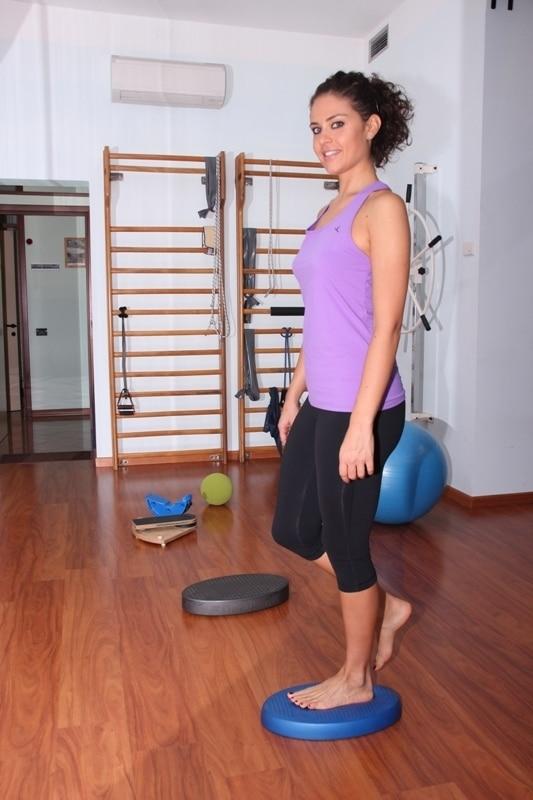 Physiotherapie, Gleichgewicht, Fraktur, Bruch, Bein, Unterschenkel, Wadenbein, Fibula, Schienbein, Tibia, Operation, Rehabilitation