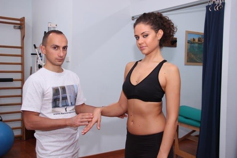 Rehabilitation,Fraktur,Bruch,Speiche,Radius,Schmerzen,Bewegung,Gelenk,Knochen,Osteoporose